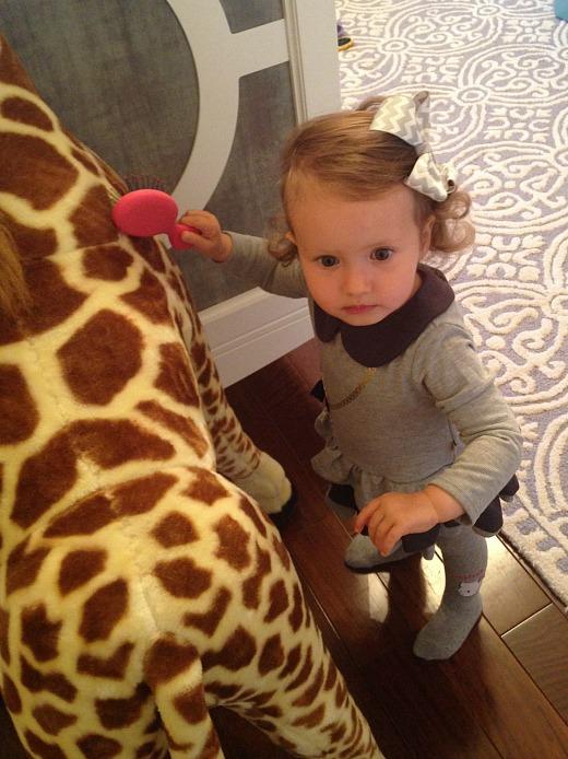 Ilana Rose Combs Giraffe