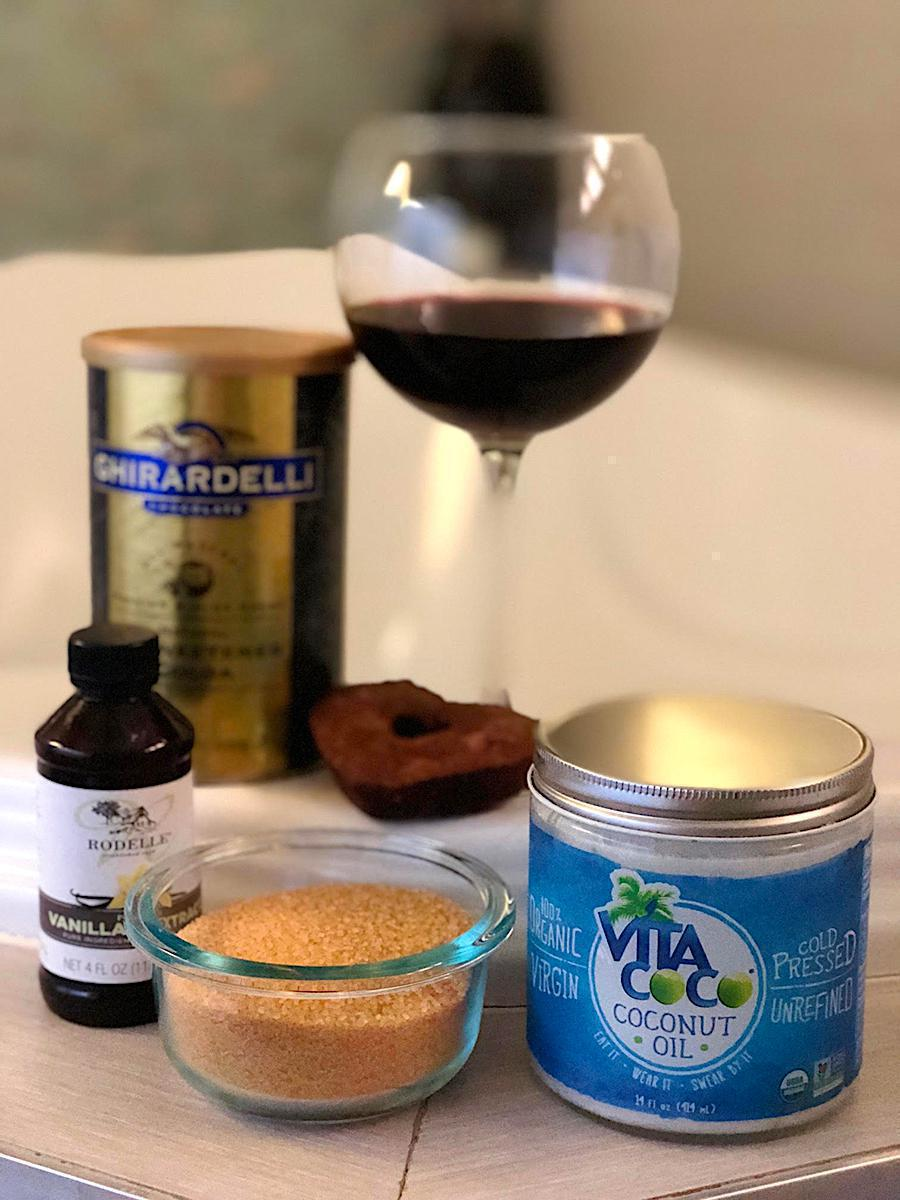Pamela Pekerman | Mom Sunday Spa Night: DIY Chocolate & Wine Sugar Scrub