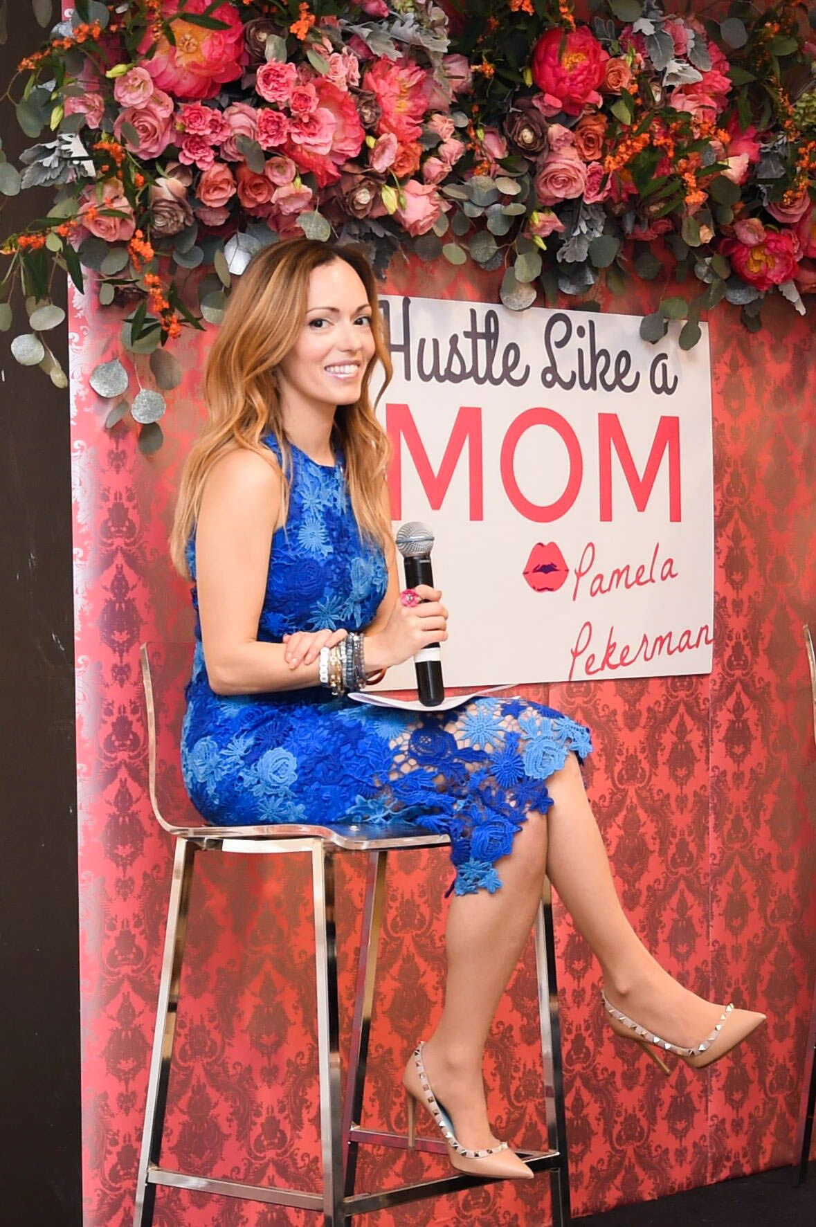 Pamela Pekerman mompreneur Hustle Like a Mom wander beauty